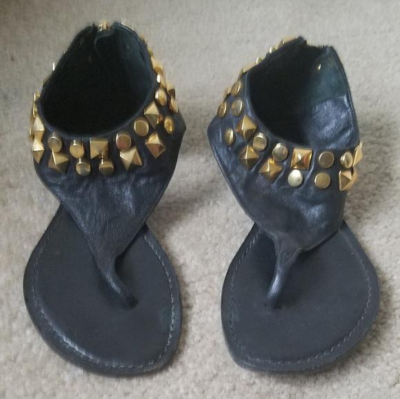 0e2e1056feb Tory Burch Black Stud Thong Sandals Size 5. M 5c4a051612cd4adb23d05384